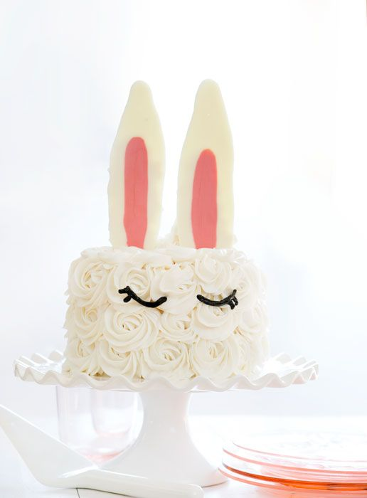 Creating a beautiful Bunny Ear cake is a lot easier than you would think! I used candy melts and whipped buttercream to create a fun and simple design that anyone can do!