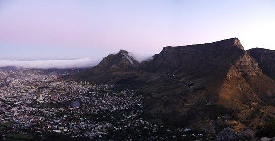 Table Mountain Sunset by coda (flickr)
