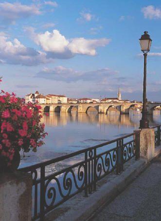 Saône, Macon, Bourgogne, France