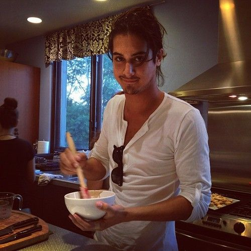 avan jogia | Tumblr I do so love a man who can cook <3 ;-)