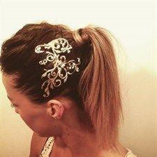 Moda: #Idee per #Capodanno: i tatuaggi per capelli (link: http://ift.tt/2iobCOF )