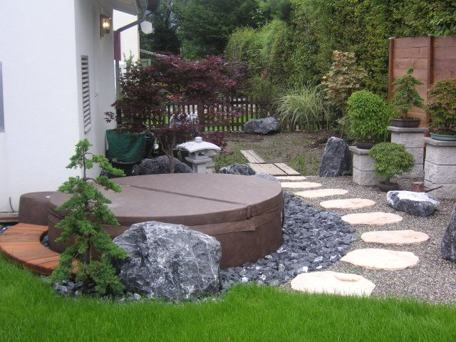 Mocha softub in some awesome landscaping for Garten pool intex