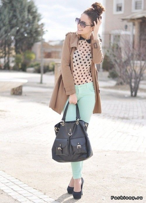 mint pant and polka dots nude