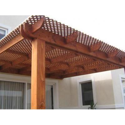 Montaje de techos en madera con policarbonato alveolar. - Photo 1