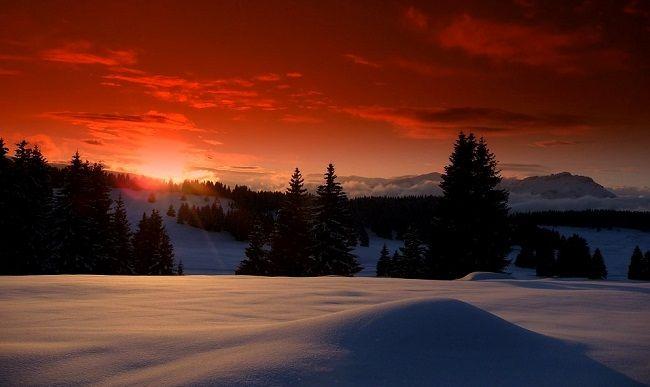 Coucher de soleil sur les stations de ski du Massif Central