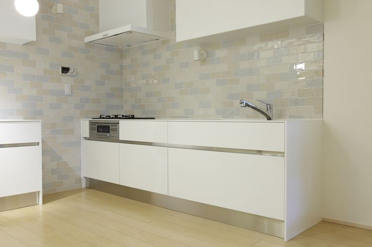CEVICA range, with a crackle glaze. Shiny colours for bathrooms or kitchen. These tiles have our love :)
