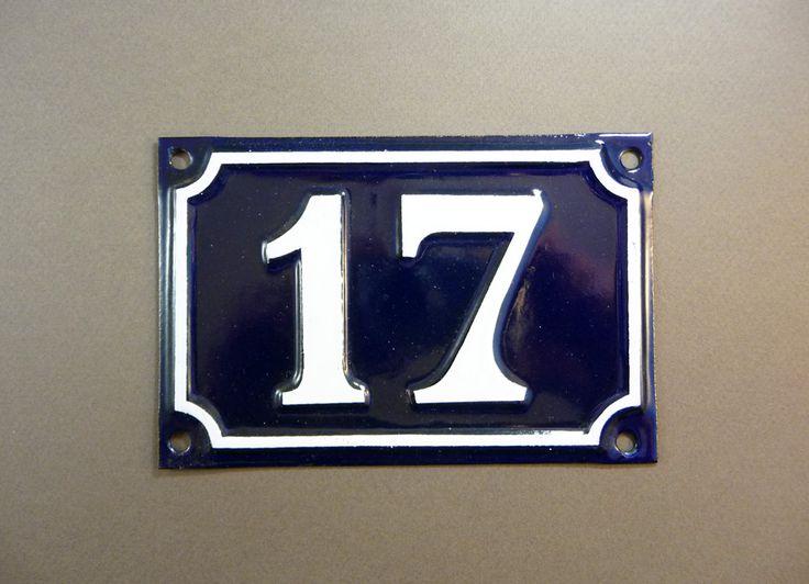 les 25 meilleures id es de la cat gorie num ros de portes sur pinterest porche moderne. Black Bedroom Furniture Sets. Home Design Ideas