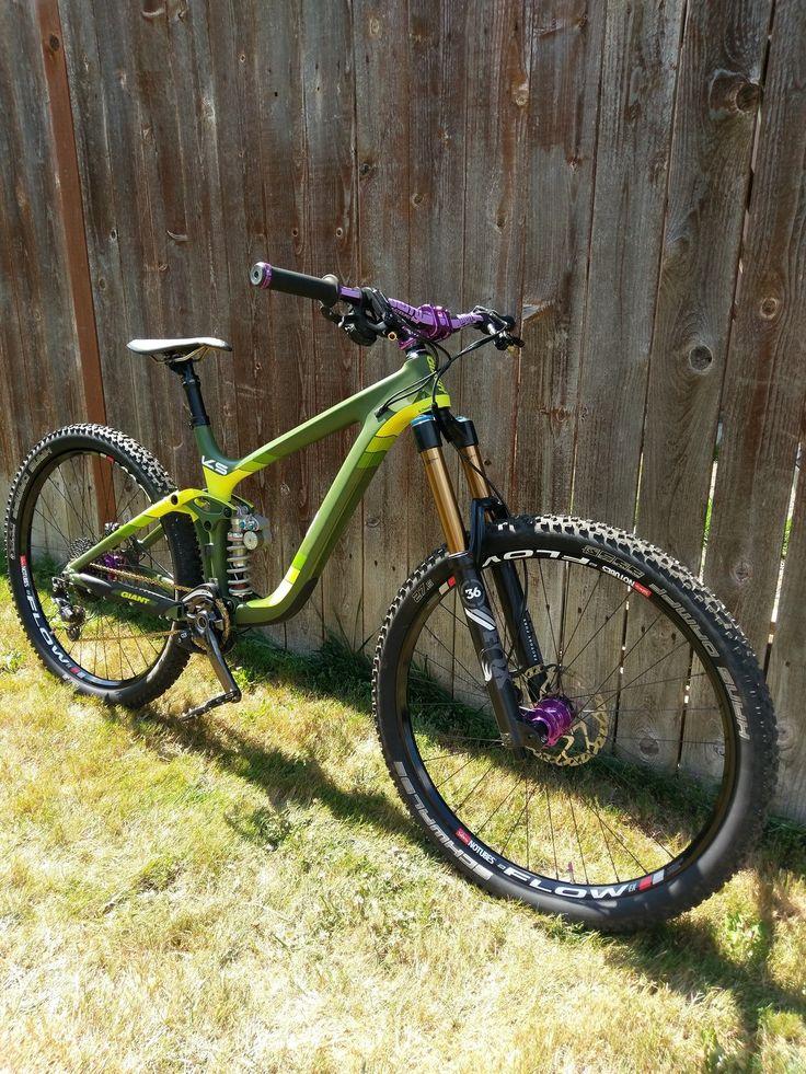 Pushed Giant Reign carbon - Swapmeetlouie's Bike Check - Vital MTB