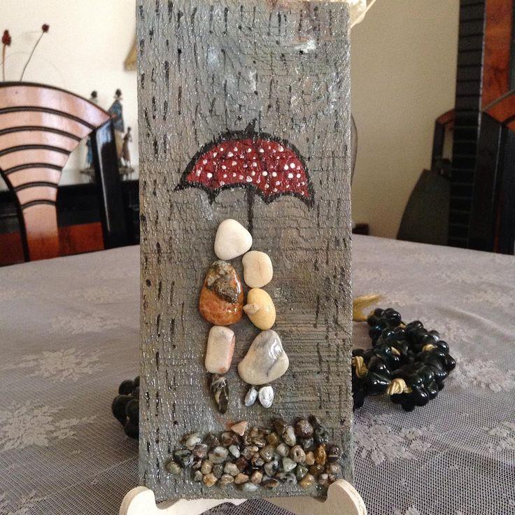 Yağmurlu bir günden günaydın....#taşsüsleme #sevimlitaşlar #stonepainting…