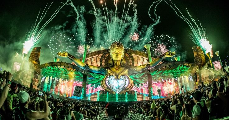 The most important things we learned about EDC 2018 from Pasquale Rotella's Reddit AMA  ||  The founder of Insomniac Events just gave a ton of valuable information! http://edm.com/articles/2017/9/29/pasquale-rotella-reddit-ama?utm_campaign=crowdfire&utm_content=crowdfire&utm_medium=social&utm_source=pinterest