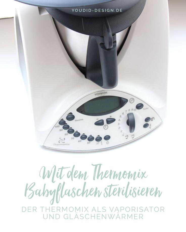 Der Thermomix ist ja als ultimativer Küchenhelfer bekannt. Aber wusstest du auch, dass du mit dem Thermomix Babyflaschen sterilisieren und einen Teil der Babyausstattung durch den Thermomix ersetzen kannst?