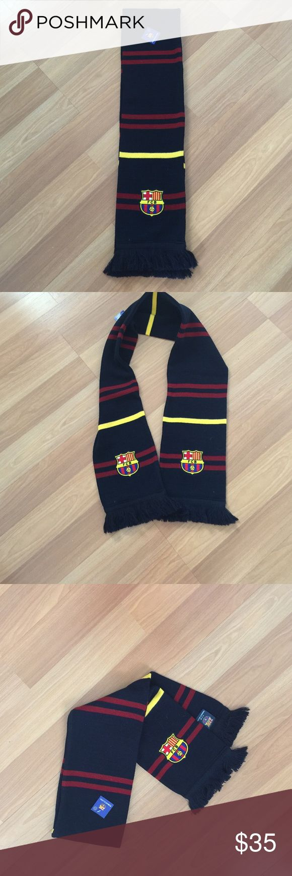 Men's NWT FC BARCELONA OFFICIAL FOOTBALL SCARF Men's NWT FC BARCELONA OFFICIAL FOOTBALL SCARF Barcelona Accessories Scarves