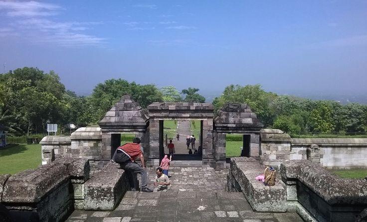 Istana Ratu Boko, salah satu situs arkelogi di Jogja yang menjadi tujuan favorite para wisatawan. #travel #jogja