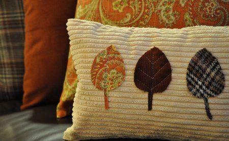 fall pillows 083.  so cute!