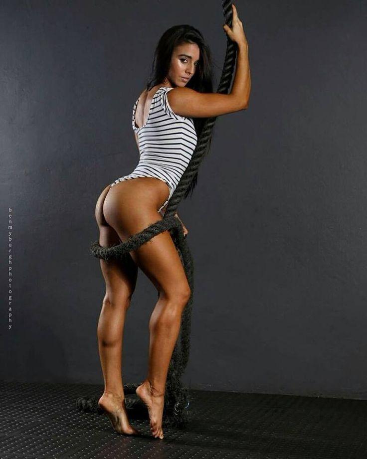 Fitnish.com interview With Fitness Bikini Champ, Roxy Amas