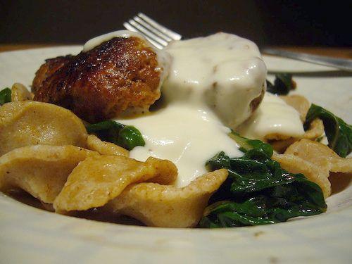 http://bommasrecepten.com/mornaysaus-met-de-seb-sausmaker/    #recepten #sauzen    Klik afbeelding om het recept te lezen.
