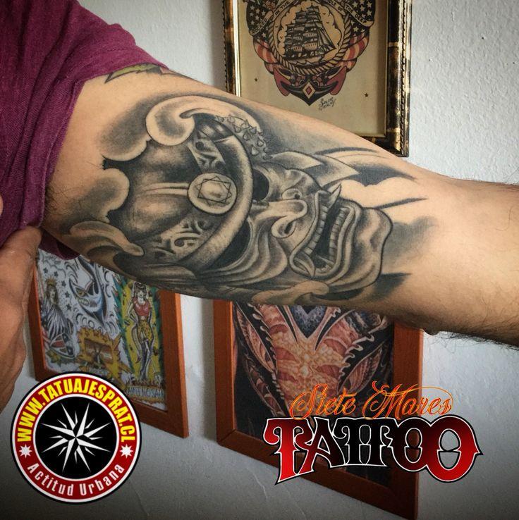 Siete Mares Tattoo Local de tatuajes en Santiago Centro, a pasos del Eurocentro. Tatuajes para hombres y femeninos.  Contacto +56972267463 Camilo Prat www.tatuajesprat.cl