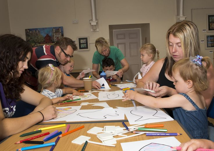 Crafty kids at the Cooper Gallery