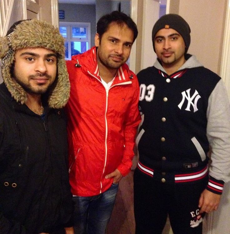 Mix down with Bloodline at Envy new studio with the one and only Amrinder Gill.  https://www.facebook.com/EnvyPakistan