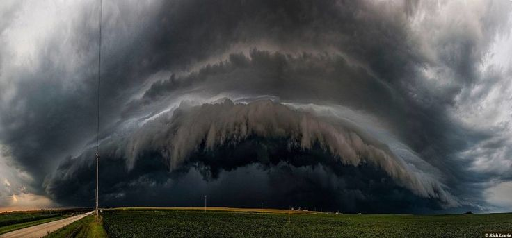 Storm Chasers | Severe Weather Photographers | Storm Chase Tours – The top 10 weather photographs shared in the Mr Twister Weather Snapshot group on August 27th 2014 DONATE TO TORNADO VICTIMS #1 Rich Lewis (1211 Li