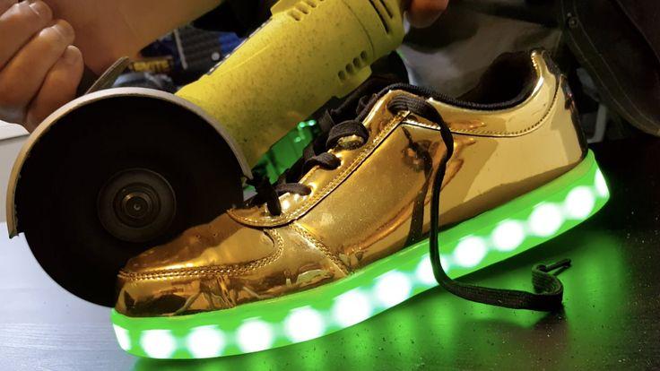 リオ五輪閉会式でイギリス選手団が光る靴を履いていましたね。「What's inside LED Shoes?」