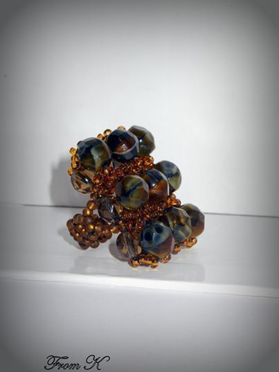 """""""Picasso stone"""" like crystal beaded #ring. Dress up any outfit with this dramatic and elegant hand beaded glass crystals and seed beads ring. Very unique """"Picasso stone"""" crystals used. About 3x2,5 cm big 20.00 Ron"""