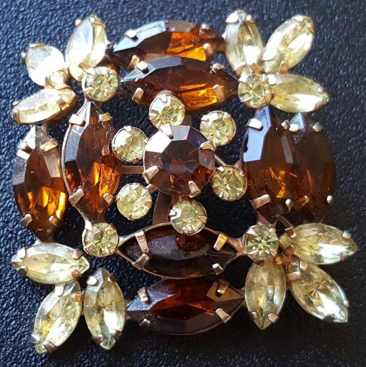 D&E JULIANA Vintage Brooch Pin Flower Leaf Amber Rhinestone Fall Autumn A111
