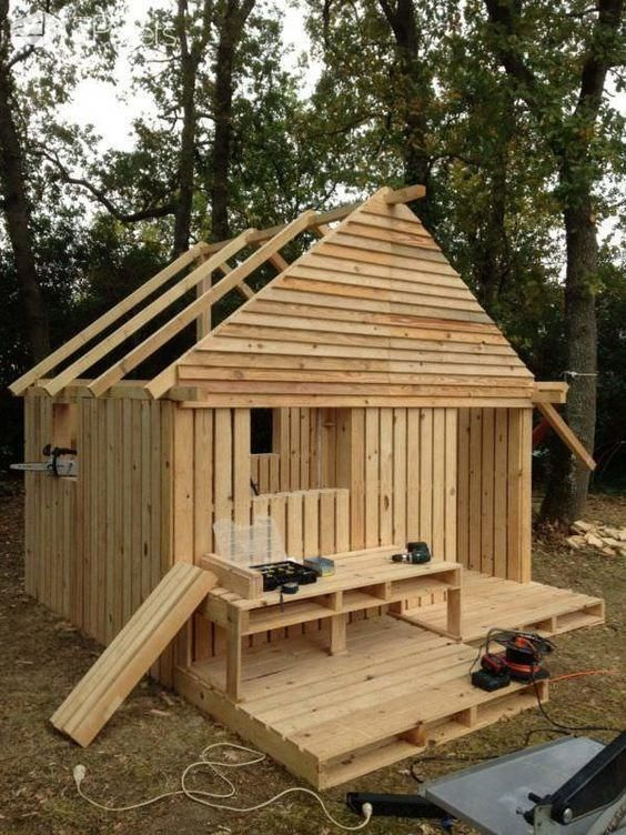 Teens in the log cabin