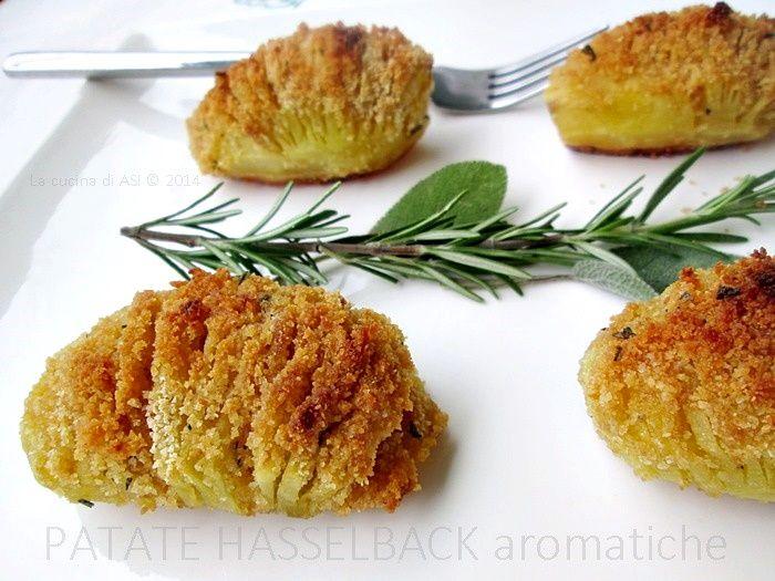Le Le patate Hasselback sono una buonissima preparazione della cucina svedese un cibo davvero buonissimo che vi consiglio alla grande! Ricetta La cucina di ASIsono una buonissima preparazione della cucina svedese un cibo davvero buonissimo che vi consiglio alla grande! Ricetta La cucina di ASI