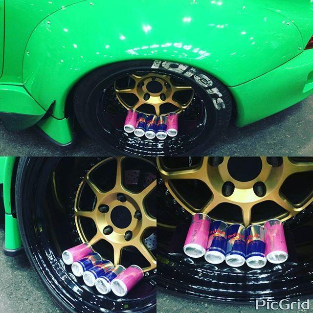 RWB Porsche x Rotiform x Redbull  #porsche #porschemotorsport #porsche993 #993 #rauhweltbegriff #rauhwelt #rwb #euromagic #illest #fatlace #nagoyaautotrend #名古屋オートトレンド2016 #redbull #レッドブル #ピンクブル #rotiform #stancenation #armygirl
