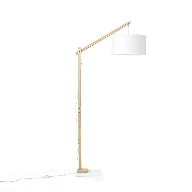 les 25 meilleures id es de la cat gorie lampadaire salon. Black Bedroom Furniture Sets. Home Design Ideas