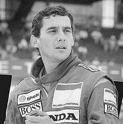 Ayrton Senna (São Paulo, 21 de março de 1960 — Imola, 1º de maio de 1994) foi um piloto brasileiro de Fórmula 1, três vezes campeão mundial, nos anos de 1988, 1990 e 1991. Foi também vice-campeão no controverso campeonato de 1989 e em 1993. Morreu em acidente no Autódromo Enzo e Dino Ferrari, em Ímola, durante o Grande Prêmio de San Marino de 1994. É reconhecido como um dos maiores nomes do esporte brasileiro e um dos maiores pilotos da história do automobilismo…