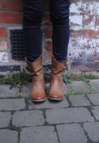 tan cow boy boots