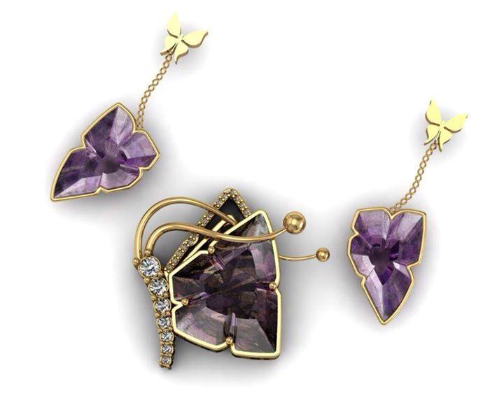 Butterfly pendant earring gold
