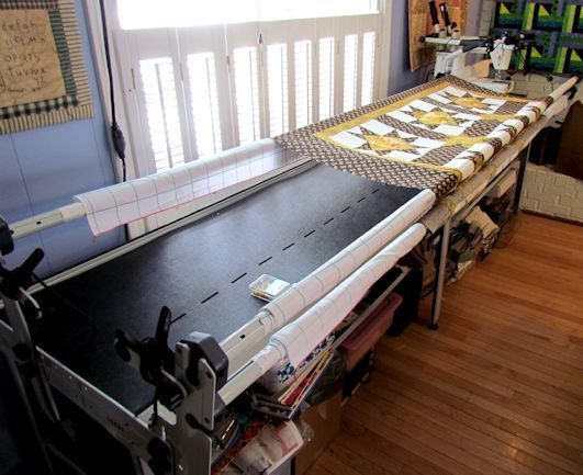 How to assemble a wooden quilting frame