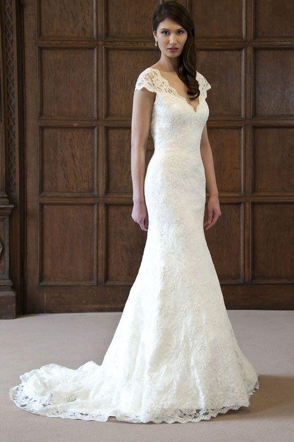 Brautkleider im gehobenen Preissegment | miss solution Bildergalerie - Anita by AUGUSTA JONES
