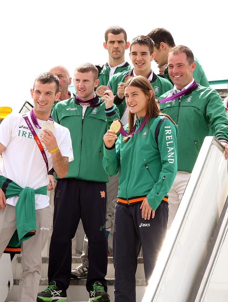 Ireland's five Olympic medallists - John Joe Nevin, Paddy Barnes, Katie Taylor, Michael Conlan and Cian O'Connor return home #TeamIreland #London2012 #Dublin #DublinAirport