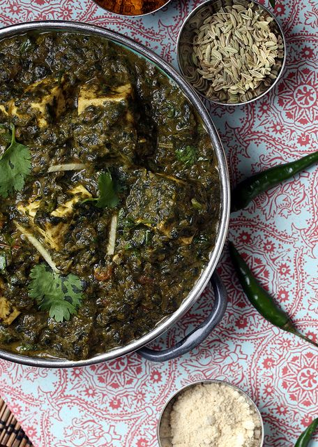 Palak Paneer: 1 can of full-fat coconut milk, 1 tsp coconut vinegar, 1 block of extra-firm tofu/paneer, small red onion, 5-6 cloves garlic, pinch of ground cloves, 1 tsp fennel seeds, 1-4 thai green chilis,  7 oz. canned tomatoes, 16 oz. bag of chopped frozen spinach, cilantro