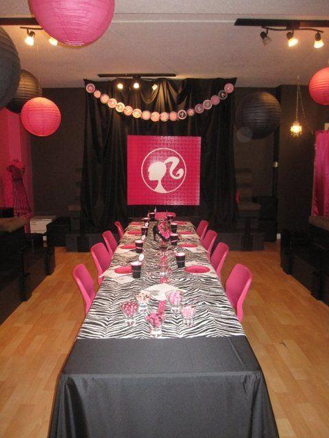 Models walk out frm sides of Barbie w/ zebra table cloth OMG ❤ & the zebra lanter lighs & pink balls yay