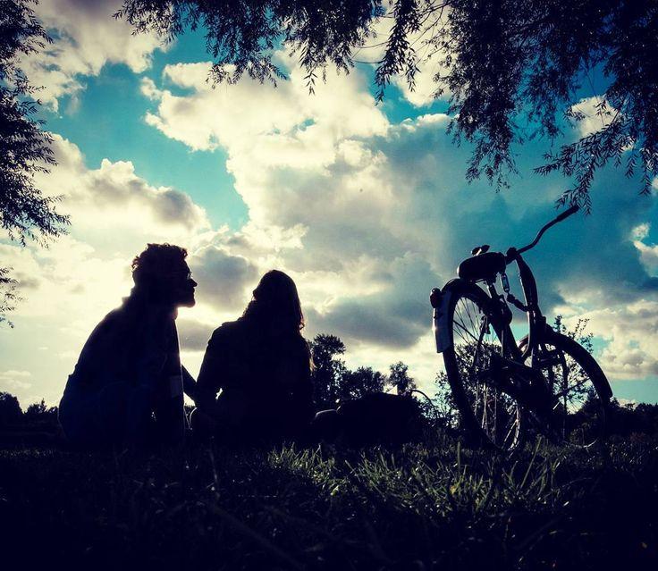 #sunset #amsterdam #vondelpark #love #bikes #eurotrip2016