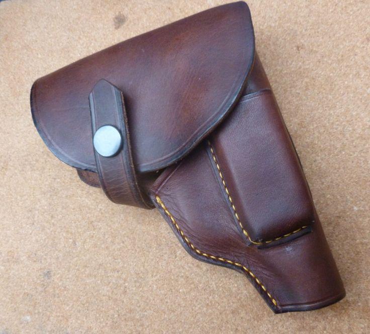 Flapped holster for Sauer model 1913 pistol with magazine holder - custom made leather holsters by makeitjones.co.uk
