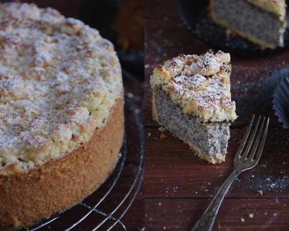 Dieser Mohnkuchen. Ich muss einfach direkt damit anfangen, euch voll zu schwärmen mit dieser wahnsinnigen Saftigkeit, die ich bei einem Mo...