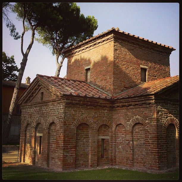 Mausoleo Galla Placidia, Ravenna @Living Ravenna, via Flickr