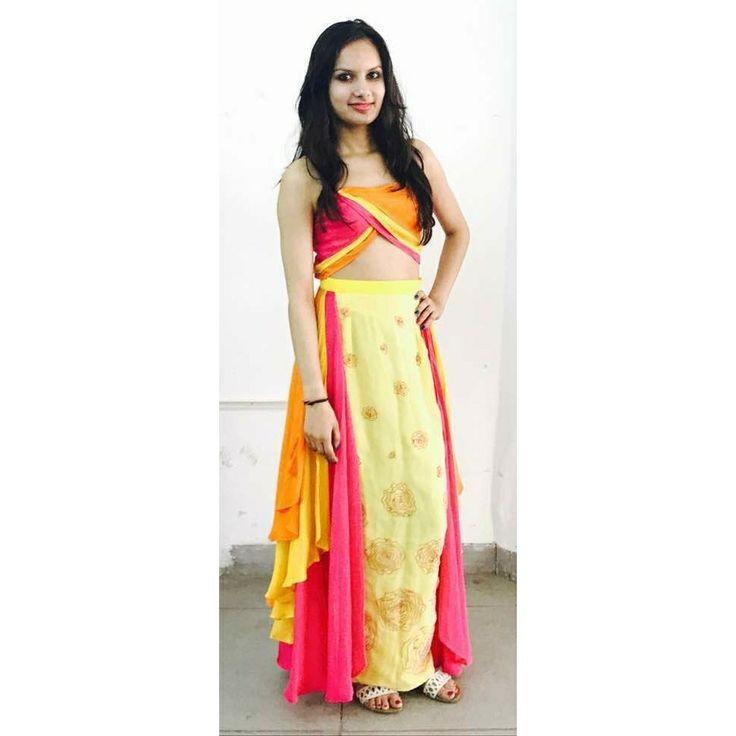 #flower dress# colourful#model