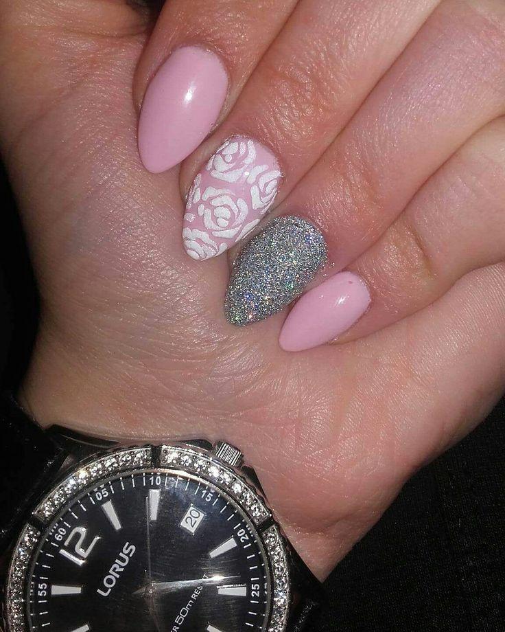 #nail #nailart #nailartist #nailstylist #dillocskanails #black  #geometric #orangenails #geometricnails #crystalnails   #springnails  #rosenails #purple #purplenails #lorus #watch  @dillocska