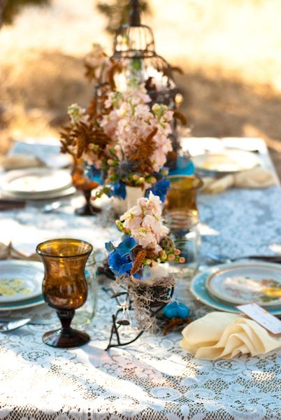 Vintage Fall Wedding Inspiration Shoot: Bride Grooms, Color, Vintage Romances, Outdoor Tables Sets, Autumn Wedding, White Decor, Rustic Fall, Rustic Wedding, Beautiful Tablescapes