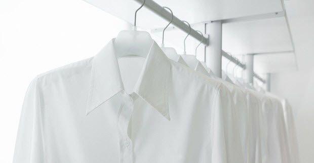 Pakaian putih jika salah mencuci akan mudah terkena lunturan dari baju lain…