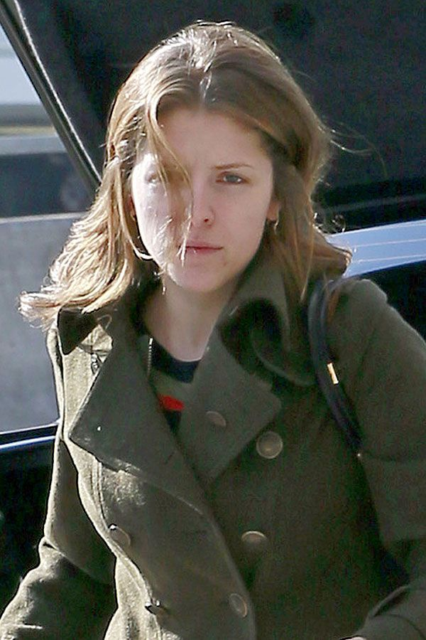 Anna Kendrick No Makeup December 2017