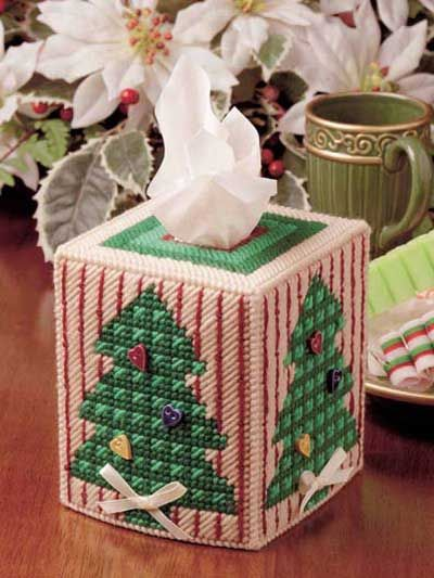 Country Christmas Tree Tissue Cover free plastic canvas pattern of the day from freepatterns.com 10/10/13