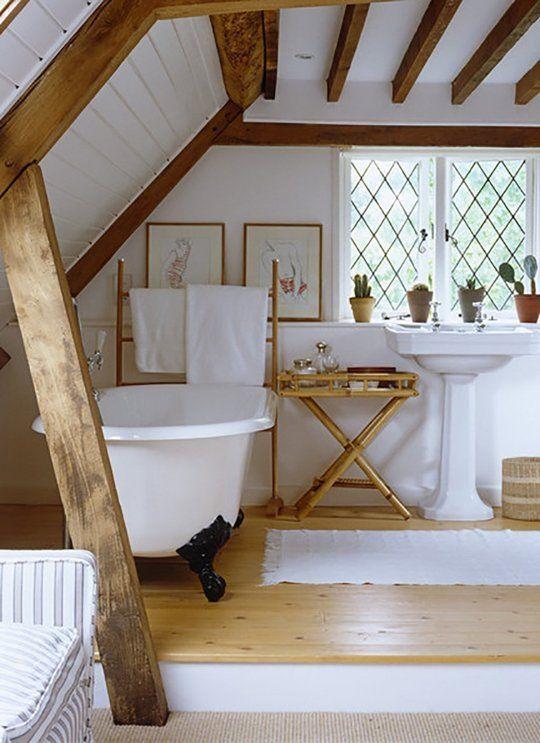 Rustikale Badezimmer Sind Sehr Einfach Zu Gestalten. Alles In Der  Dekoration Muss Alt Sein Oder Alt Aussehen. Sie Drücken Einen Wunsch Aus,  Zurück Zu Den